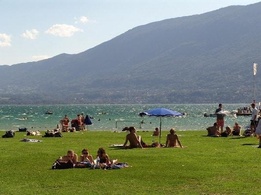 Baignade-au-lac-du-Bourget